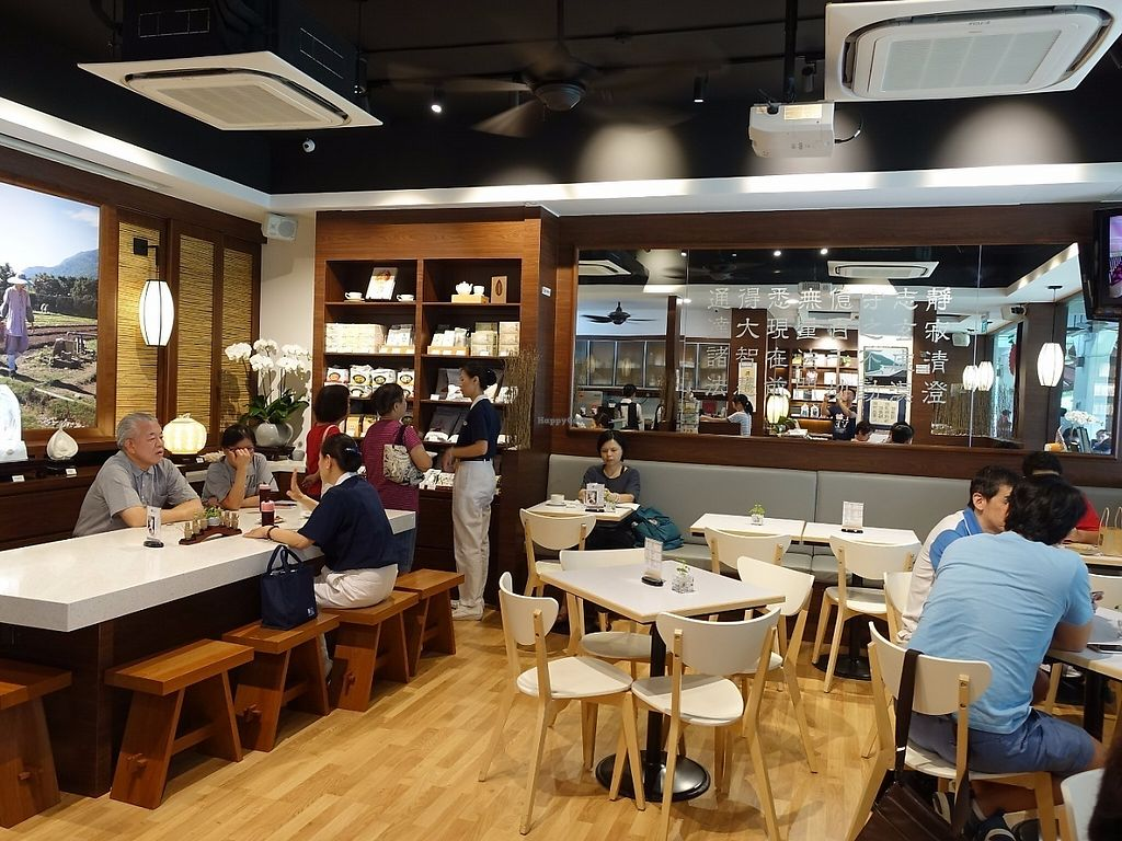 "Photo of Jingsi Books & Cafe  by <a href=""/members/profile/JimmySeah"">JimmySeah</a> <br/>cafe interior <br/> May 24, 2017  - <a href='/contact/abuse/image/92600/262024'>Report</a>"
