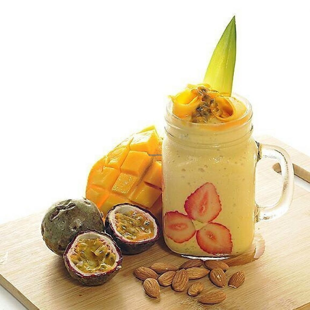 """Photo of NAB Juices  by <a href=""""/members/profile/community5"""">community5</a> <br/>Mango Papaya Smoothie <br/> May 24, 2017  - <a href='/contact/abuse/image/92628/261991'>Report</a>"""