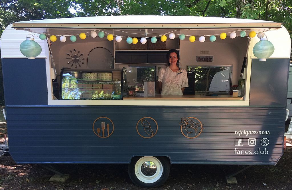 """Photo of Fanes Club - Food Truck  by <a href=""""/members/profile/chuck17"""">chuck17</a> <br/>Fanes Club <br/> August 22, 2017  - <a href='/contact/abuse/image/92632/295877'>Report</a>"""