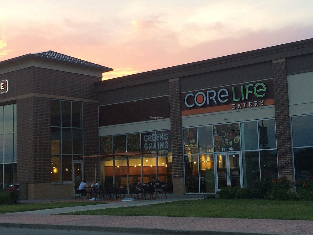 """Photo of CoreLife Eatery  by <a href=""""/members/profile/fruitiJulie"""">fruitiJulie</a> <br/>outside between chipotle and t-mobile/ La Fittness  <br/> August 1, 2017  - <a href='/contact/abuse/image/92653/287376'>Report</a>"""