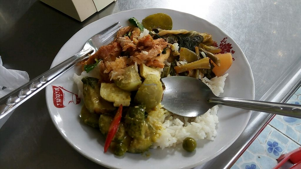 """Photo of J Food  by <a href=""""/members/profile/MichaelWaters"""">MichaelWaters</a> <br/>3 veg and rice <br/> January 24, 2018  - <a href='/contact/abuse/image/92662/350300'>Report</a>"""