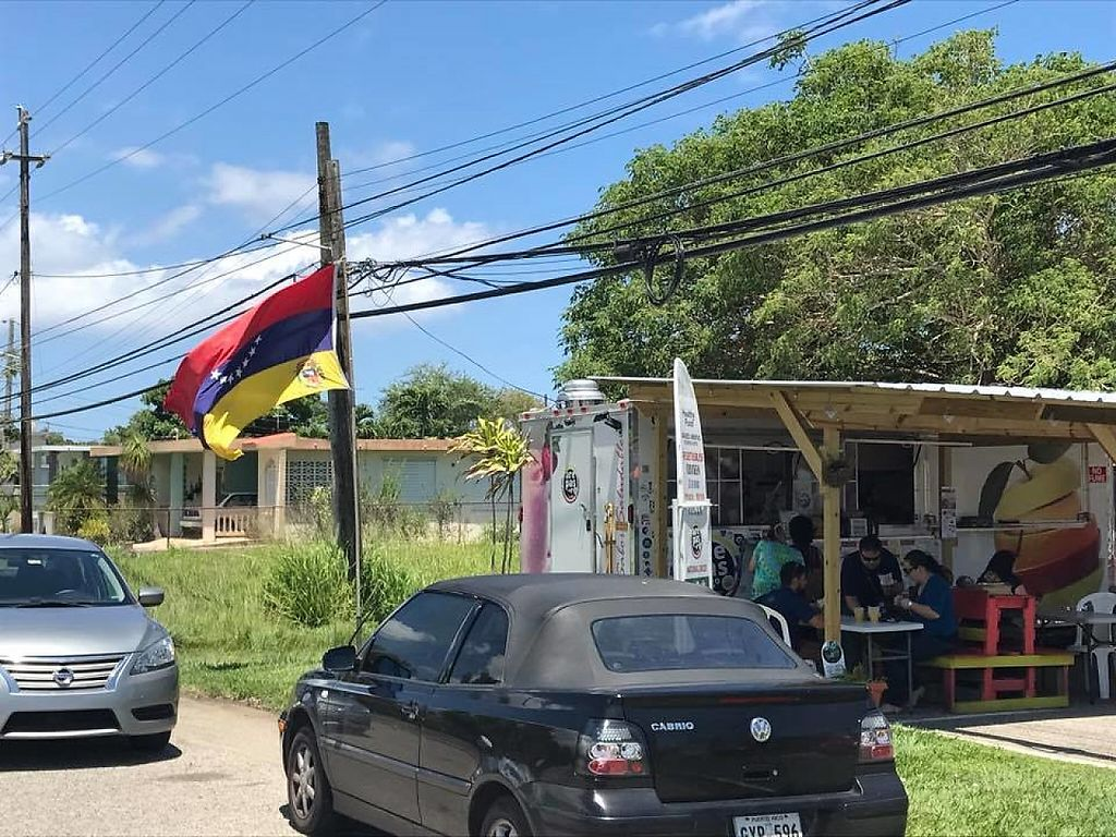 """Photo of Arepas To Go & More - Food Truck  by <a href=""""/members/profile/community5"""">community5</a> <br/>Arepas To Go <br/> May 25, 2017  - <a href='/contact/abuse/image/92721/262298'>Report</a>"""