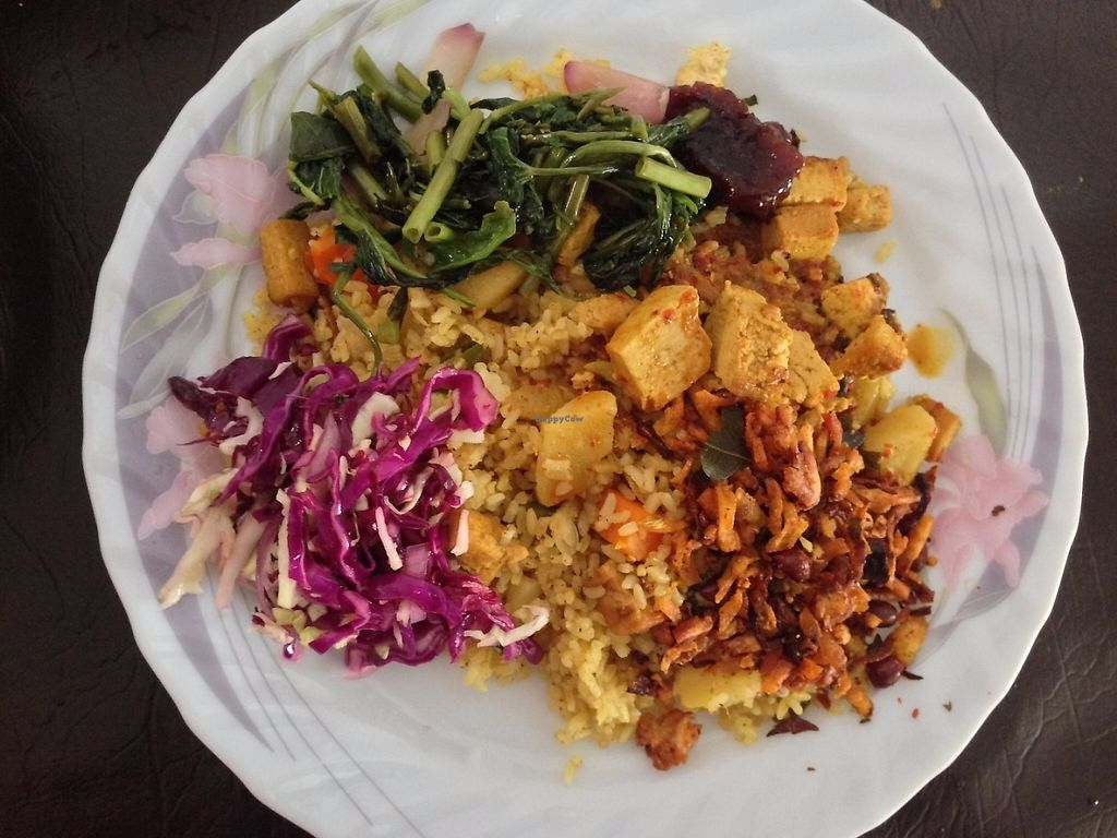"Photo of The Vegan Kitchen  by <a href=""/members/profile/anjanadesilva"">anjanadesilva</a> <br/>Rice and Curry <br/> May 26, 2017  - <a href='/contact/abuse/image/92724/262568'>Report</a>"