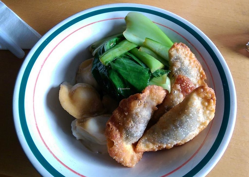 """Photo of Zenhouse Vegetarian Yum Cha   by <a href=""""/members/profile/big_saz"""">big_saz</a> <br/>Handy takeaway service <br/> April 7, 2015  - <a href='/contact/abuse/image/9275/254742'>Report</a>"""