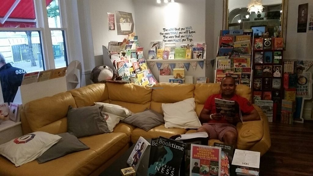 "Photo of Octavo's Book Cafe and Wine Bar  by <a href=""/members/profile/konlish"">konlish</a> <br/>Lounge  <br/> June 5, 2017  - <a href='/contact/abuse/image/92823/266069'>Report</a>"