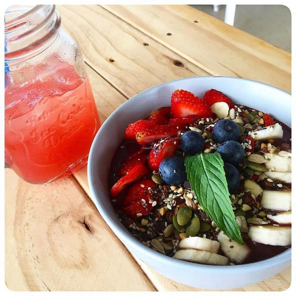 """Photo of Coco + Boho  by <a href=""""/members/profile/community5"""">community5</a> <br/>Acai bowl and 'summer breeze' cold press juice <br/> May 27, 2017  - <a href='/contact/abuse/image/92825/262939'>Report</a>"""