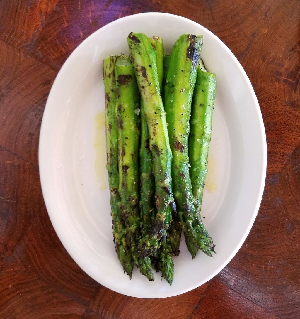 """Photo of Pitfire Pizza  by <a href=""""/members/profile/codydefrate"""">codydefrate</a> <br/>Grilled Asparagus with Olive Oil, Salt abd Pepper <br/> May 26, 2017  - <a href='/contact/abuse/image/92852/262727'>Report</a>"""