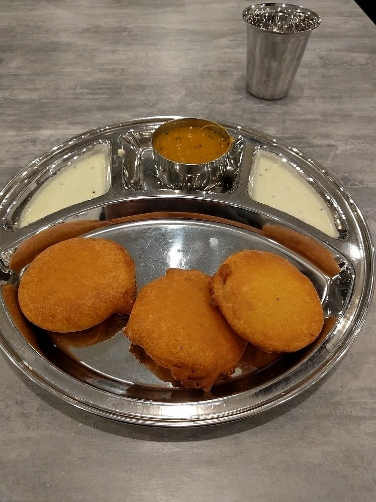 "Photo of Saravanaa Bhavan  by <a href=""/members/profile/TBR"">TBR</a> <br/>Onion bhajis <br/> June 14, 2017  - <a href='/contact/abuse/image/92869/268968'>Report</a>"
