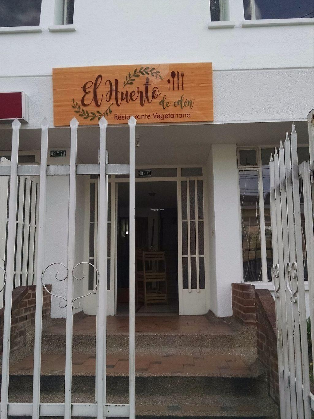 "Photo of El Huerto de Edén  by <a href=""/members/profile/veggiegringa"">veggiegringa</a> <br/>Restaurant entrance <br/> May 27, 2017  - <a href='/contact/abuse/image/92892/262881'>Report</a>"