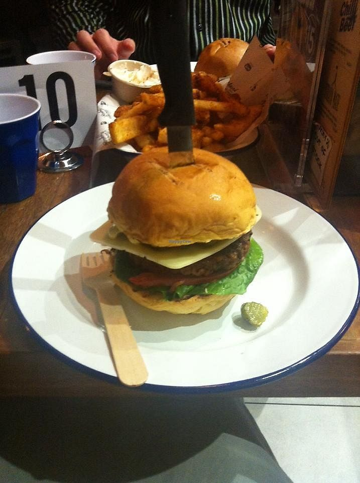 """Photo of Soul Burger  by <a href=""""/members/profile/SweetestToast"""">SweetestToast</a> <br/>Classic Cheeseburger from Soul Burger Parramatta, ordered 10/10/2017 <br/> October 11, 2017  - <a href='/contact/abuse/image/92906/314154'>Report</a>"""