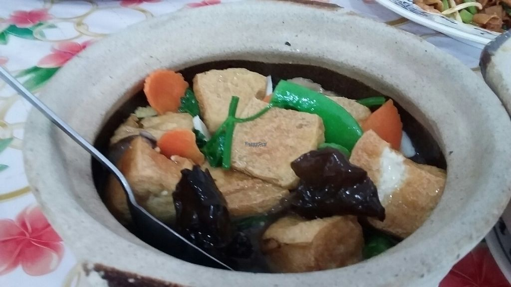 "Photo of Merryland Vegetarian Fast Food - Ya Ge  by <a href=""/members/profile/lasm"">lasm</a> <br/>Claypot Tofu <br/> March 9, 2017  - <a href='/contact/abuse/image/9290/234460'>Report</a>"