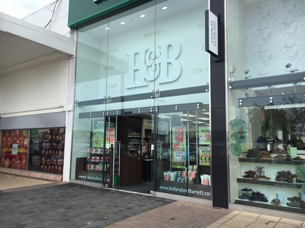 """Photo of Holland and Barrett  by <a href=""""/members/profile/hack_man"""">hack_man</a> <br/>outside  <br/> May 27, 2017  - <a href='/contact/abuse/image/92927/263069'>Report</a>"""