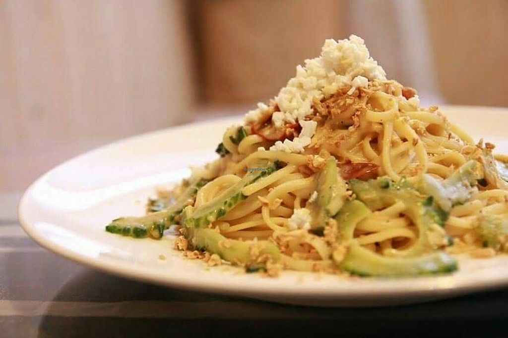 "Photo of Farmer's Kitchen  by <a href=""/members/profile/Edmund"">Edmund</a> <br/>Linguine with Bitter-gourd & Garlic <br/> June 1, 2017  - <a href='/contact/abuse/image/92978/264708'>Report</a>"