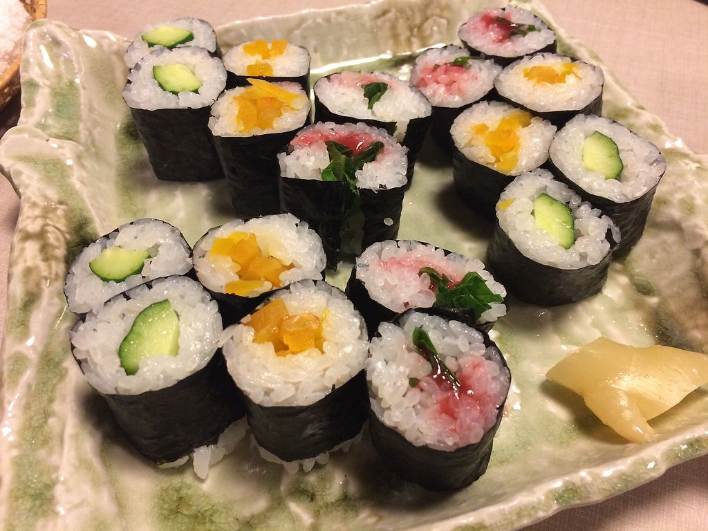 "Photo of Yamaichi Bekkan  by <a href=""/members/profile/AnomalousAtra"">AnomalousAtra</a> <br/>Cucumber roll, turmeric pickled daikon roll, ume shiso roll.  <br/> November 24, 2017  - <a href='/contact/abuse/image/92985/328786'>Report</a>"