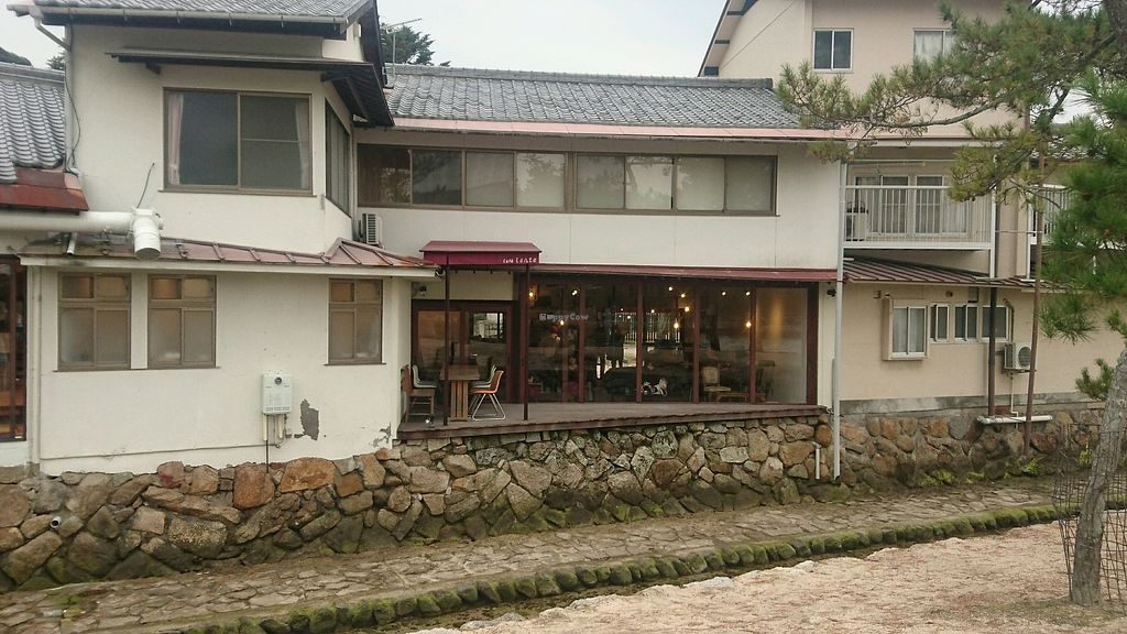 "Photo of Cafe Lente  by <a href=""/members/profile/EmmaIn86"">EmmaIn86</a> <br/>Cafe Lente from back (faces Itsukushima Shrine) <br/> November 26, 2017  - <a href='/contact/abuse/image/92986/329286'>Report</a>"
