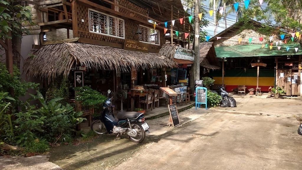 """Photo of Cafe del Sunshine  by <a href=""""/members/profile/surrea"""">surrea</a> <br/>Front of the restaurant <br/> May 30, 2017  - <a href='/contact/abuse/image/93024/264034'>Report</a>"""