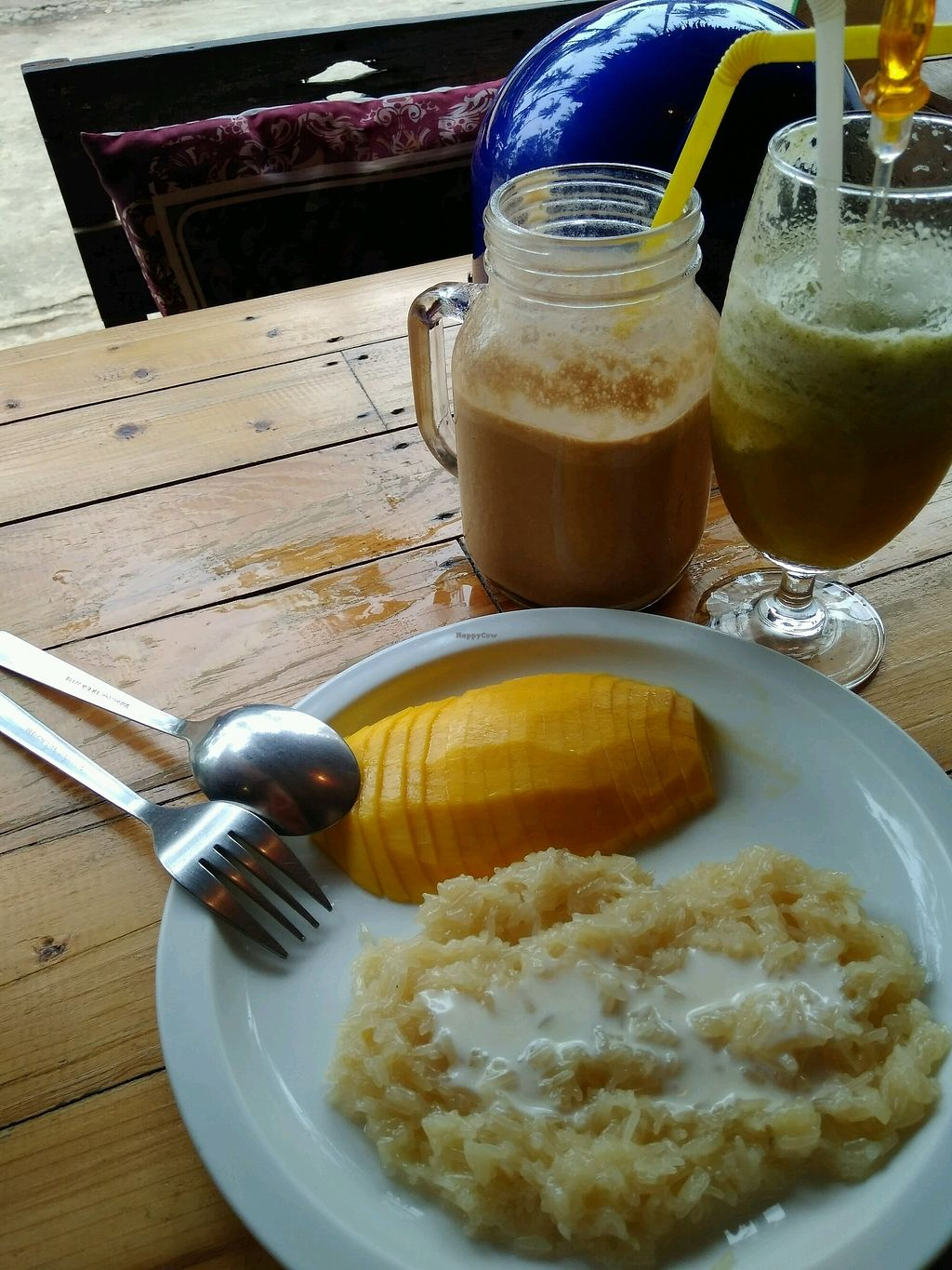 """Photo of Cafe del Sunshine  by <a href=""""/members/profile/vegadodo"""">vegadodo</a> <br/>The best coffee banana veganized shake ever  <br/> March 30, 2018  - <a href='/contact/abuse/image/93024/378262'>Report</a>"""