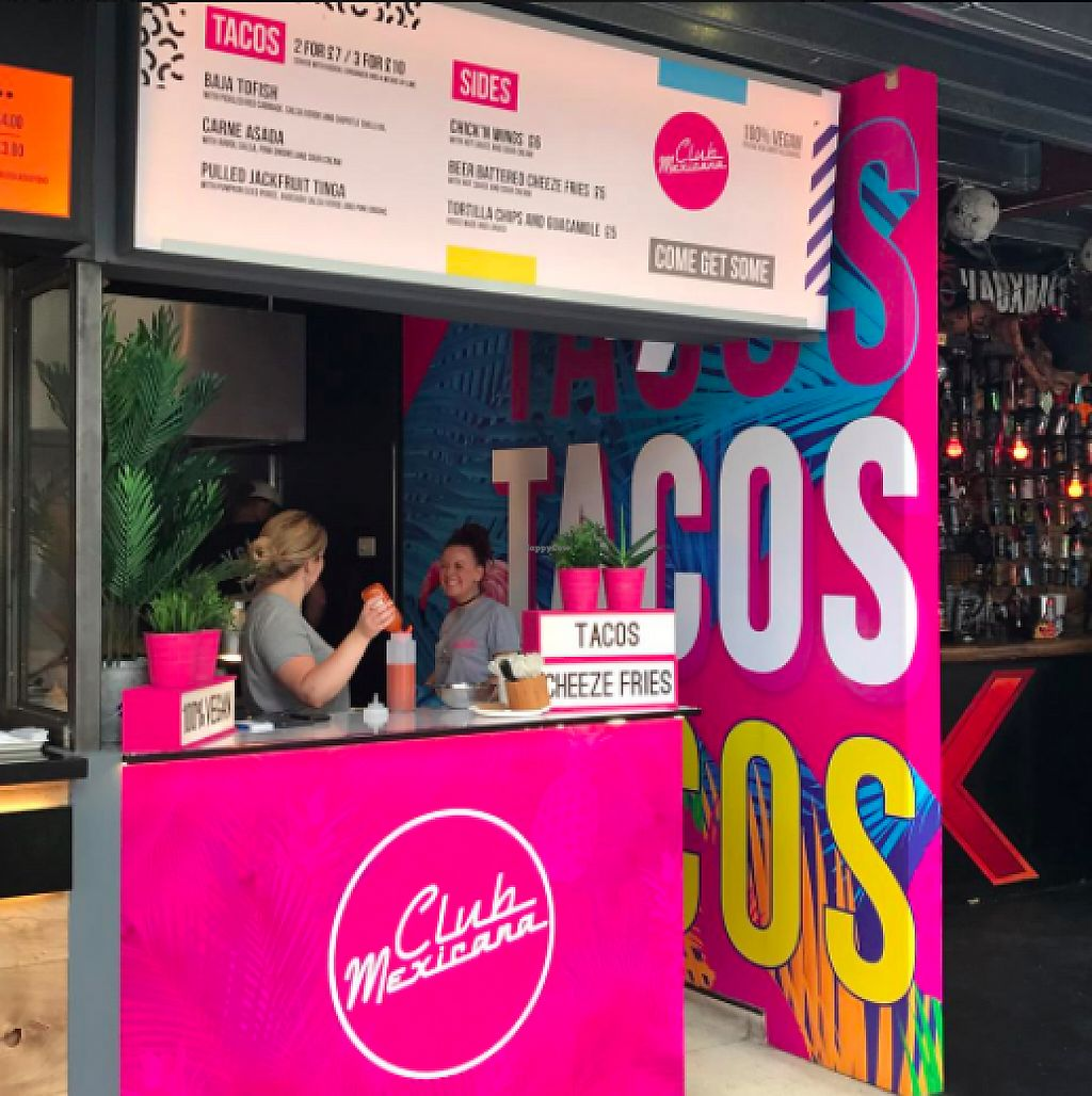 """Photo of Club Mexicana - Dinerama  by <a href=""""/members/profile/ClubMexicana"""">ClubMexicana</a> <br/>The Club Mexicana stand at Dinerama, Shoreditch <br/> June 5, 2017  - <a href='/contact/abuse/image/93038/266086'>Report</a>"""