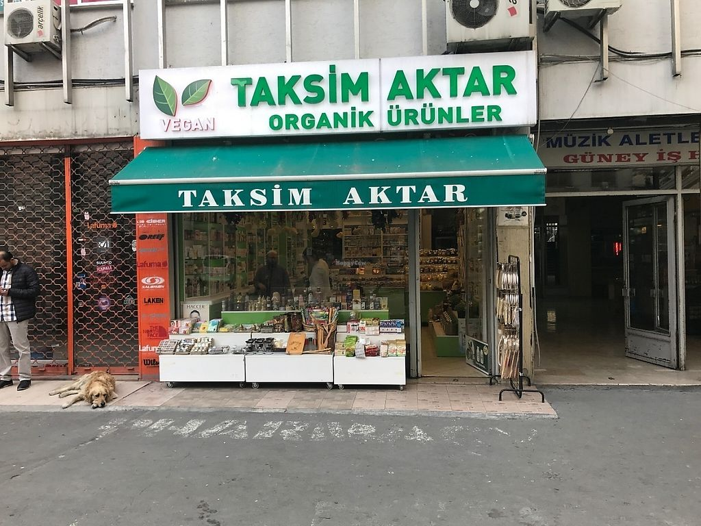 """Photo of Taksim Aktar  by <a href=""""/members/profile/diclemre"""">diclemre</a> <br/>vegan taksim <br/> May 30, 2017  - <a href='/contact/abuse/image/93093/264271'>Report</a>"""