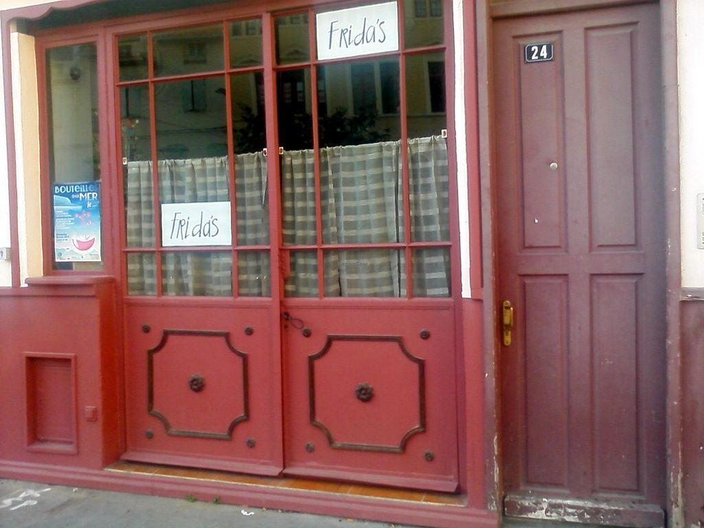 """Photo of Frida's  by <a href=""""/members/profile/domitila"""">domitila</a> <br/>main entrance on place Hyacinthe Rigaud <br/> June 22, 2017  - <a href='/contact/abuse/image/93098/272209'>Report</a>"""