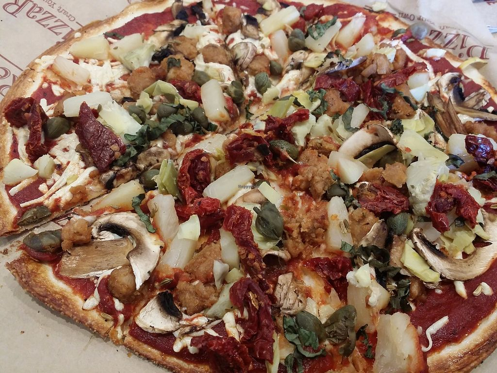 """Photo of PizzaRev  by <a href=""""/members/profile/purplesnowcone"""">purplesnowcone</a> <br/>pizza rev pizza with vegan sausage and Daiya cheese <br/> July 26, 2017  - <a href='/contact/abuse/image/93212/284845'>Report</a>"""