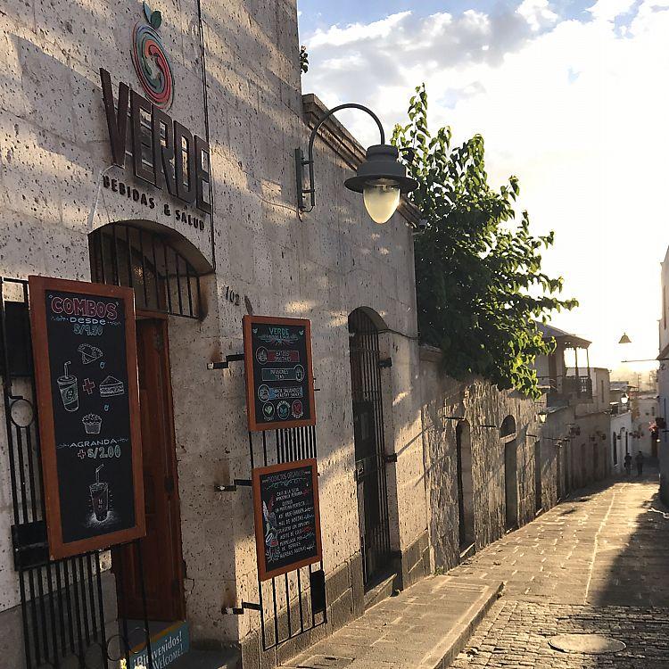 "Photo of Verde Bebidas & Salud  by <a href=""/members/profile/RosanyelaLinares"">RosanyelaLinares</a> <br/>VERDE bebidas & salud  <br/> June 14, 2017  - <a href='/contact/abuse/image/93248/268862'>Report</a>"