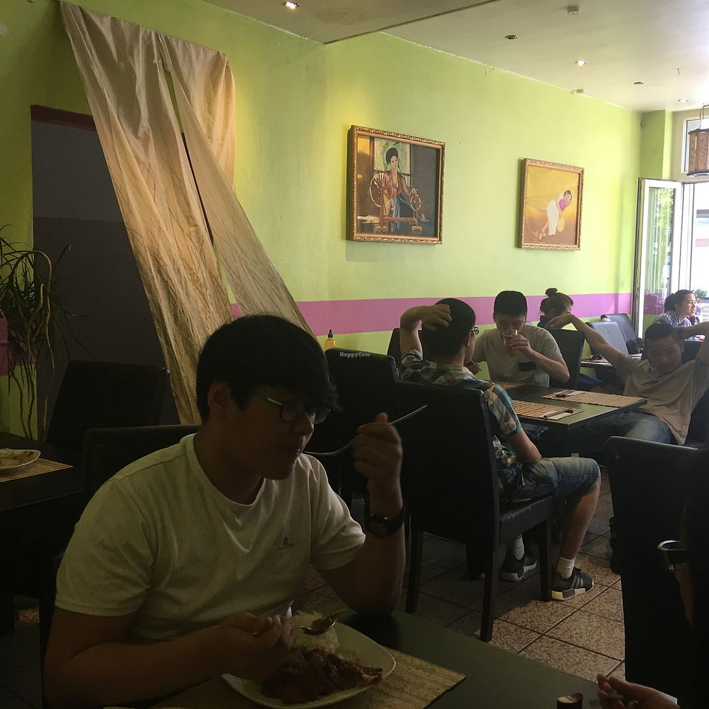 """Photo of Pho3mien  by <a href=""""/members/profile/AndyT"""">AndyT</a> <br/>Inside view <br/> June 6, 2017  - <a href='/contact/abuse/image/93299/266270'>Report</a>"""