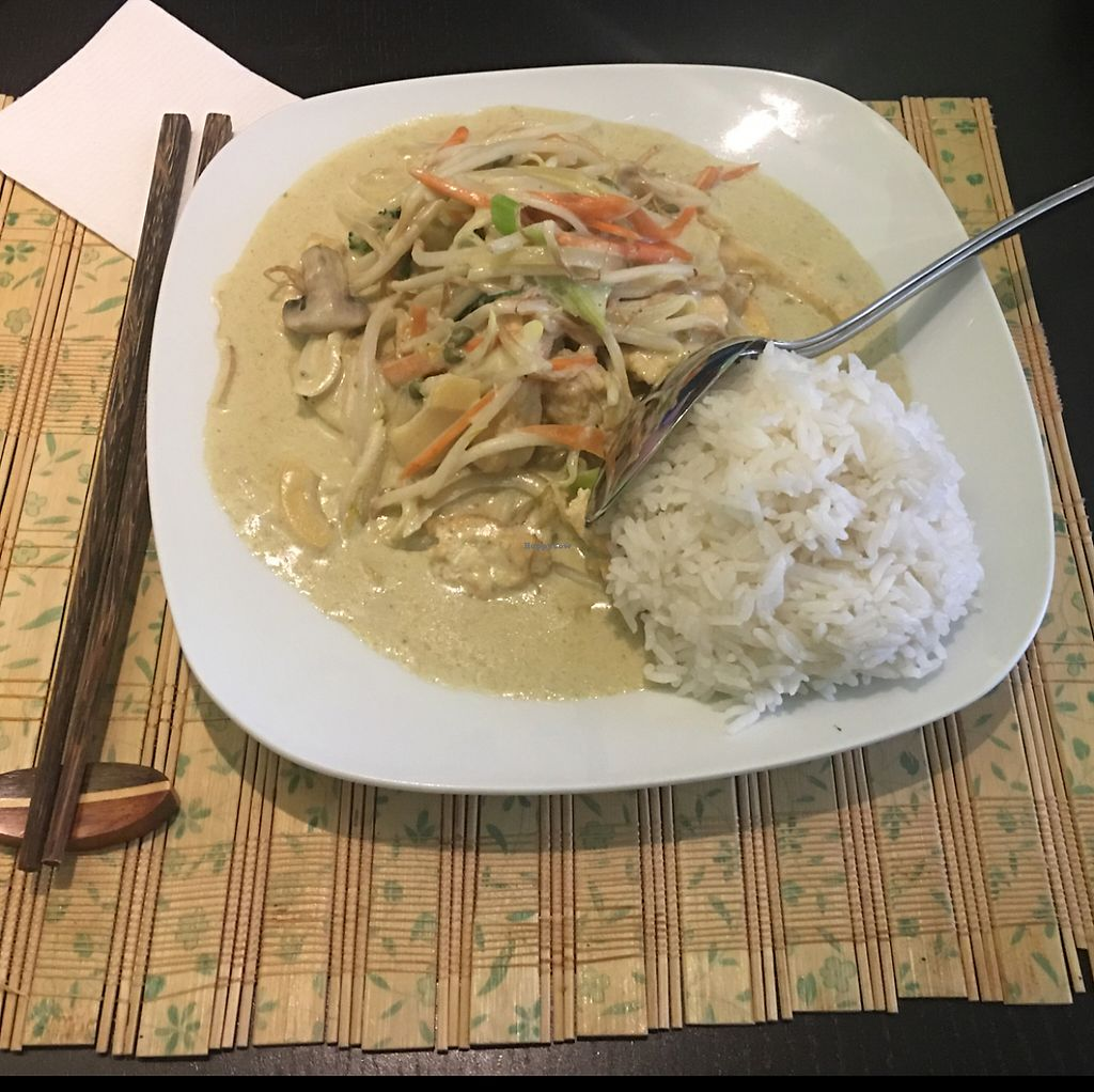"""Photo of Pho3mien  by <a href=""""/members/profile/AndyT"""">AndyT</a> <br/>Thai green curry (vegan) <br/> June 6, 2017  - <a href='/contact/abuse/image/93299/266274'>Report</a>"""