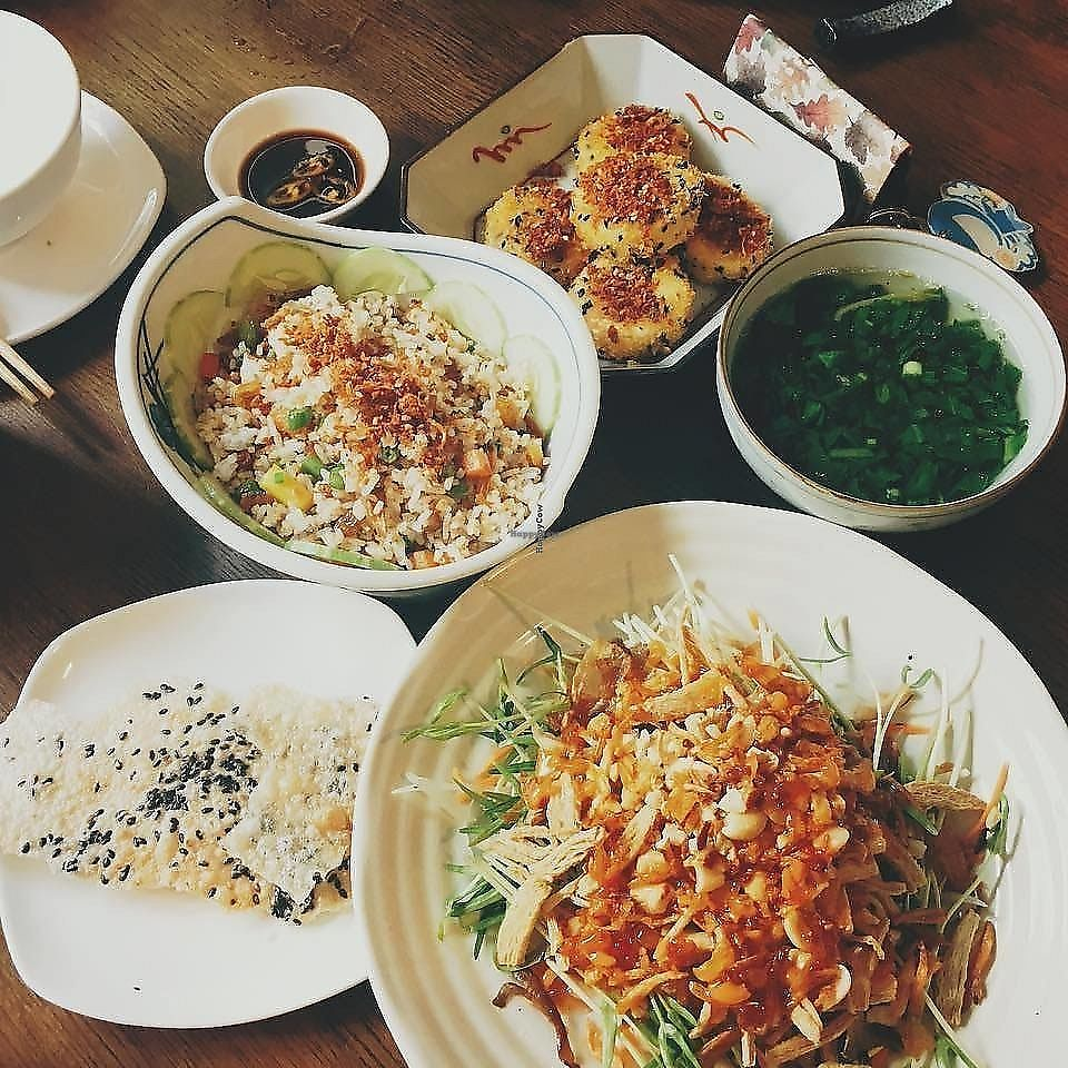"""Photo of Metta Vegan  by <a href=""""/members/profile/Lislys"""">Lislys</a> <br/>I think the food is great and the price is reasonable. Especially the weekend is not crowded so you can stay comfortably  <br/> October 12, 2017  - <a href='/contact/abuse/image/93384/337137'>Report</a>"""