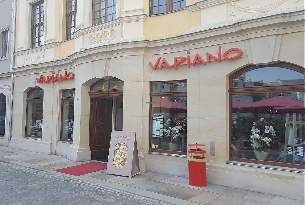 """Photo of Vapiano  by <a href=""""/members/profile/mohare22"""">mohare22</a> <br/>Vapiano <br/> June 8, 2017  - <a href='/contact/abuse/image/93426/266882'>Report</a>"""