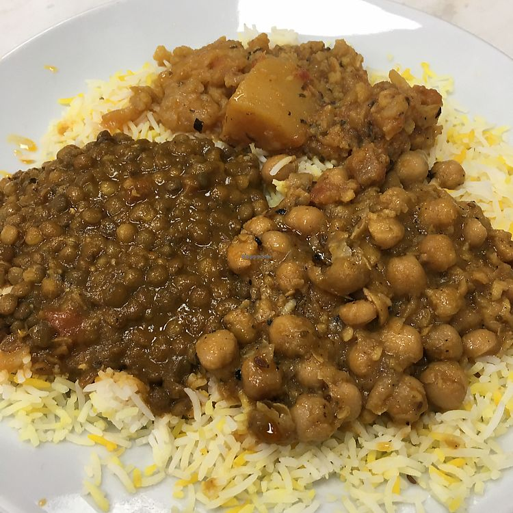 """Photo of Little Aladdin  by <a href=""""/members/profile/radiocaz"""">radiocaz</a> <br/>green plate £4.99 3 curries on rice ? <br/> June 12, 2017  - <a href='/contact/abuse/image/93477/268473'>Report</a>"""