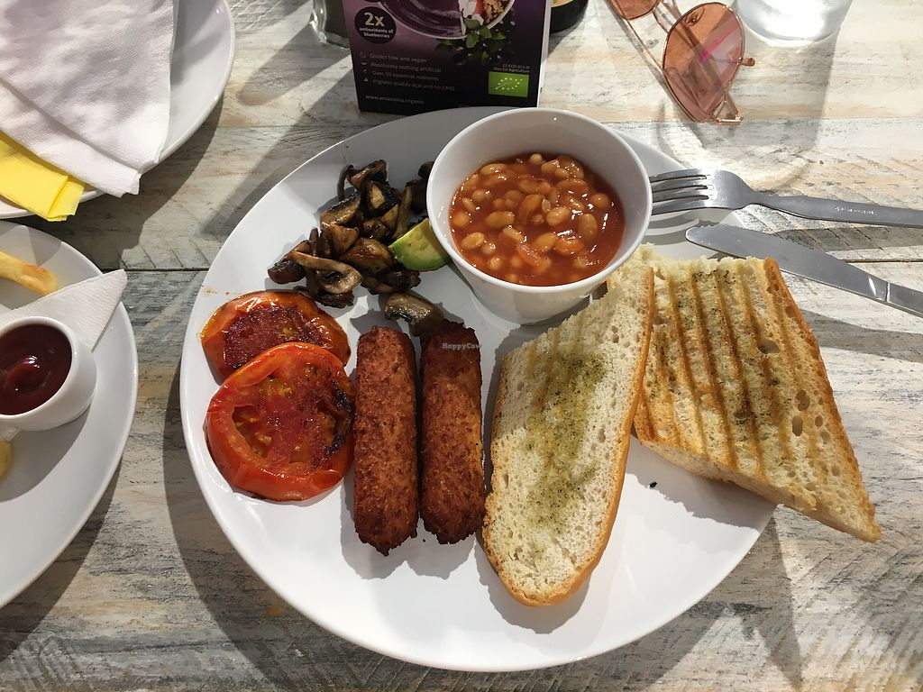 """Photo of Vegan Ibiza  by <a href=""""/members/profile/HollieCarlin"""">HollieCarlin</a> <br/>Full English breakfast  <br/> August 9, 2017  - <a href='/contact/abuse/image/93478/290732'>Report</a>"""