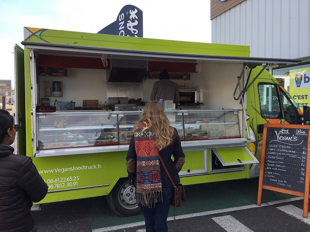 "Photo of Vegan's Food Truck  by <a href=""/members/profile/Elainejoanna"">Elainejoanna</a> <br/>? <br/> April 20, 2018  - <a href='/contact/abuse/image/93488/388524'>Report</a>"
