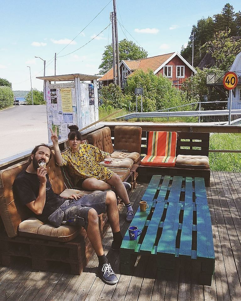 """Photo of Café Tillsammans  by <a href=""""/members/profile/cafetillsammans"""">cafetillsammans</a> <br/>Ice cream in the sun <br/> June 7, 2017  - <a href='/contact/abuse/image/93592/266746'>Report</a>"""