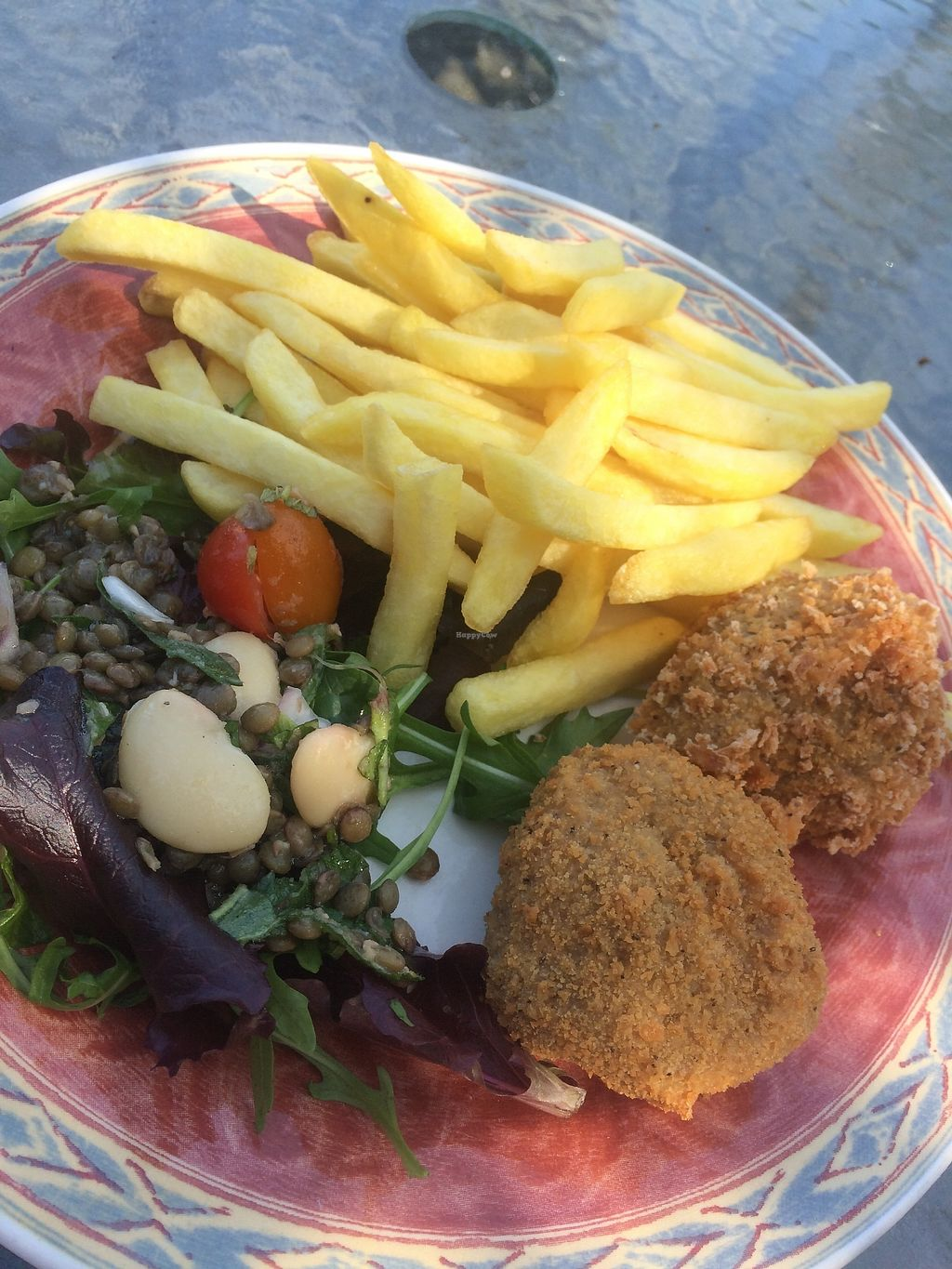 """Photo of The Retreat Animal Rescue Farm Sanctuary and Cafe  by <a href=""""/members/profile/RubyVegan"""">RubyVegan</a> <br/>seitan nuggets, chips and salad <br/> June 26, 2017  - <a href='/contact/abuse/image/93600/273671'>Report</a>"""