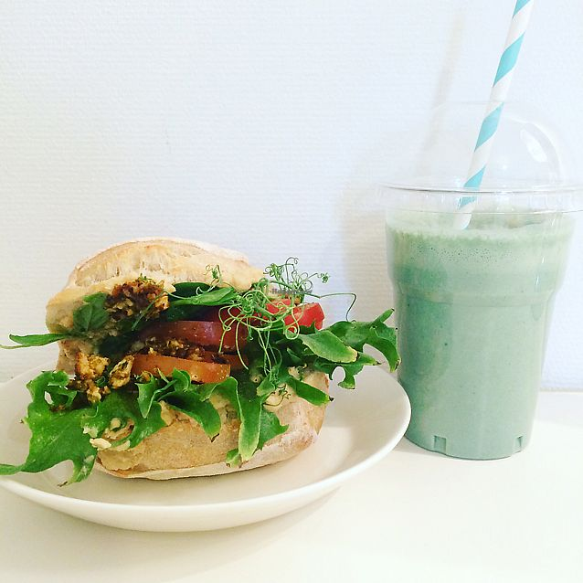 """Photo of Bon Temps Cafe  by <a href=""""/members/profile/Veg_Anu"""">Veg_Anu</a> <br/>Smoothie and sandwich <br/> June 8, 2017  - <a href='/contact/abuse/image/93619/266870'>Report</a>"""