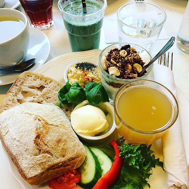 "Photo of Bon Temps Cafe  by <a href=""/members/profile/Veg_Anu"">Veg_Anu</a> <br/>Vegan breakfast <br/> June 8, 2017  - <a href='/contact/abuse/image/93619/266871'>Report</a>"