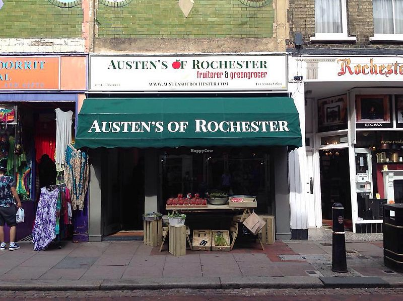 "Photo of Austens of Rochester  by <a href=""/members/profile/TARAMCDONALD"">TARAMCDONALD</a> <br/>Shop front <br/> June 8, 2017  - <a href='/contact/abuse/image/93652/266897'>Report</a>"
