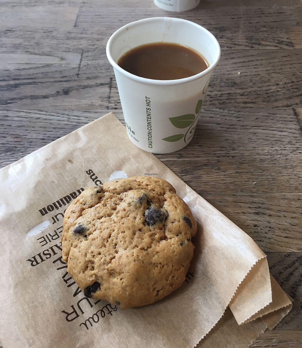 "Photo of Tree House  by <a href=""/members/profile/Imixle"">Imixle</a> <br/>Vegan cookie and coffee  <br/> August 29, 2017  - <a href='/contact/abuse/image/93685/298517'>Report</a>"