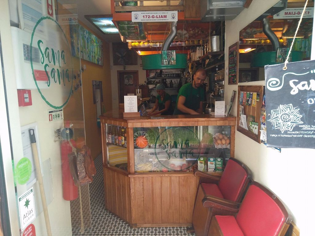 """Photo of Sama Sama - Crepe and Juice Bar  by <a href=""""/members/profile/martinicontomate"""">martinicontomate</a> <br/>inside <br/> December 9, 2017  - <a href='/contact/abuse/image/93689/333927'>Report</a>"""