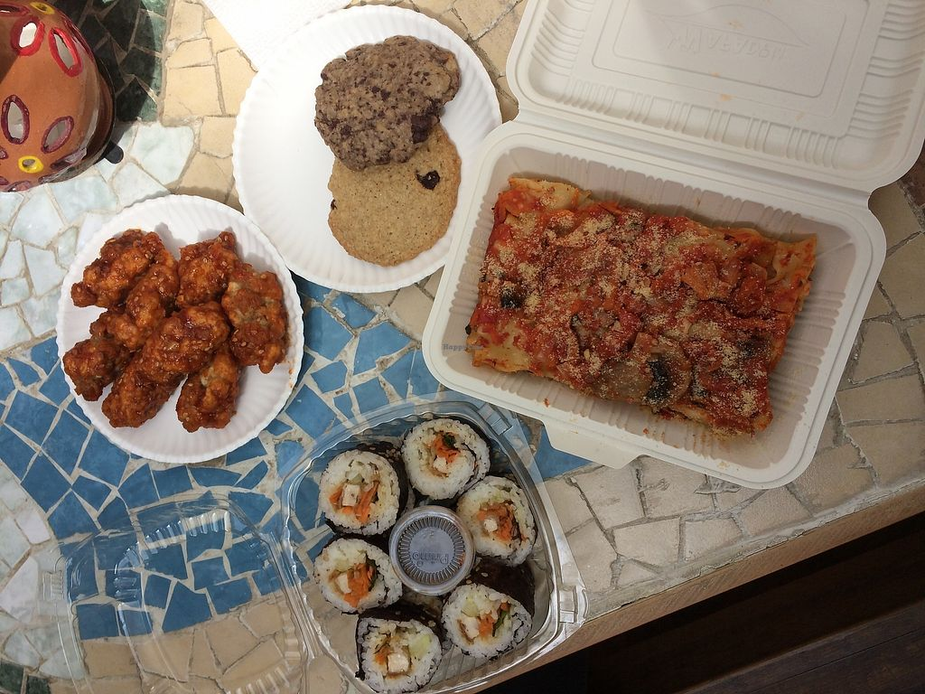 """Photo of Todo Vegano  by <a href=""""/members/profile/xclarissax"""">xclarissax</a> <br/>Lasagne, pollo , sushis and cookies  <br/> October 24, 2017  - <a href='/contact/abuse/image/93695/318430'>Report</a>"""