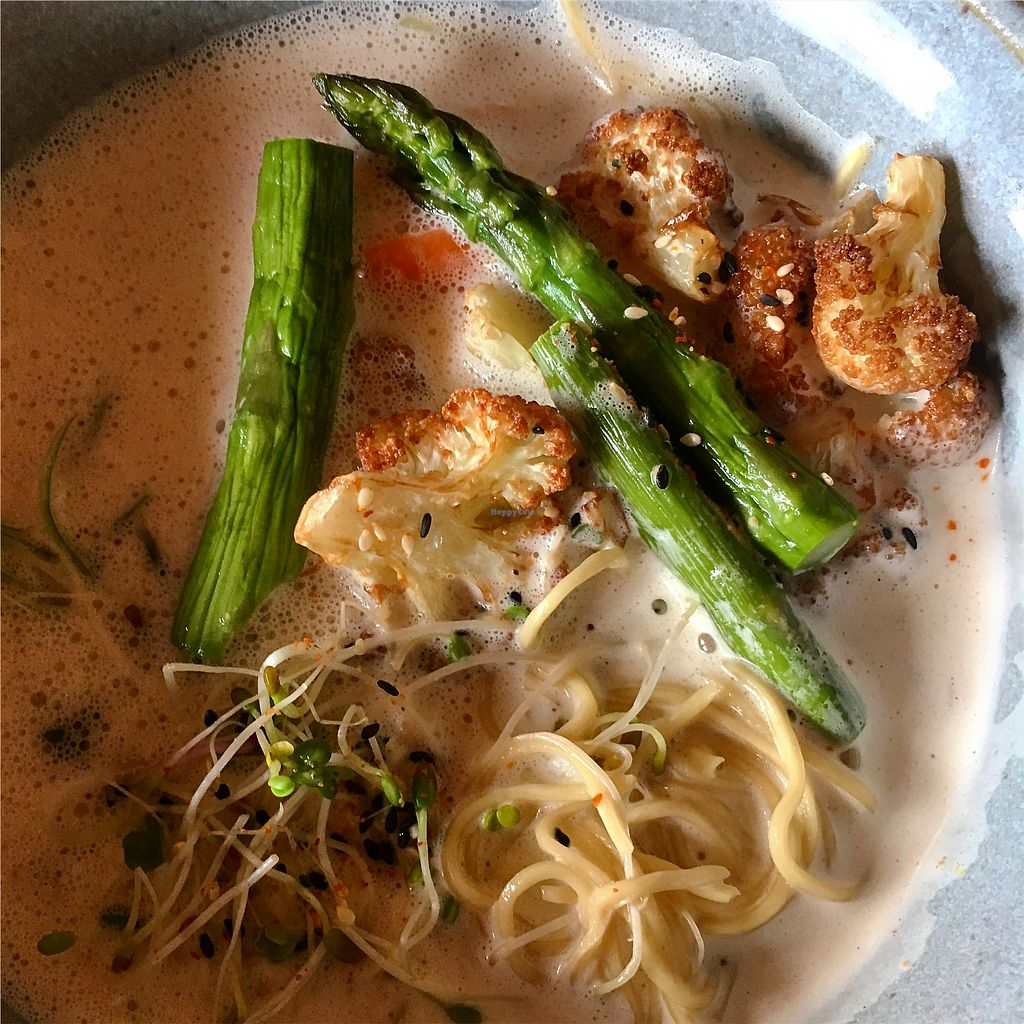 """Photo of Fat Ramen  by <a href=""""/members/profile/SeitanSeitanSeitan"""">SeitanSeitanSeitan</a> <br/>Vegan cauliflower ramen <br/> August 17, 2017  - <a href='/contact/abuse/image/93770/293629'>Report</a>"""