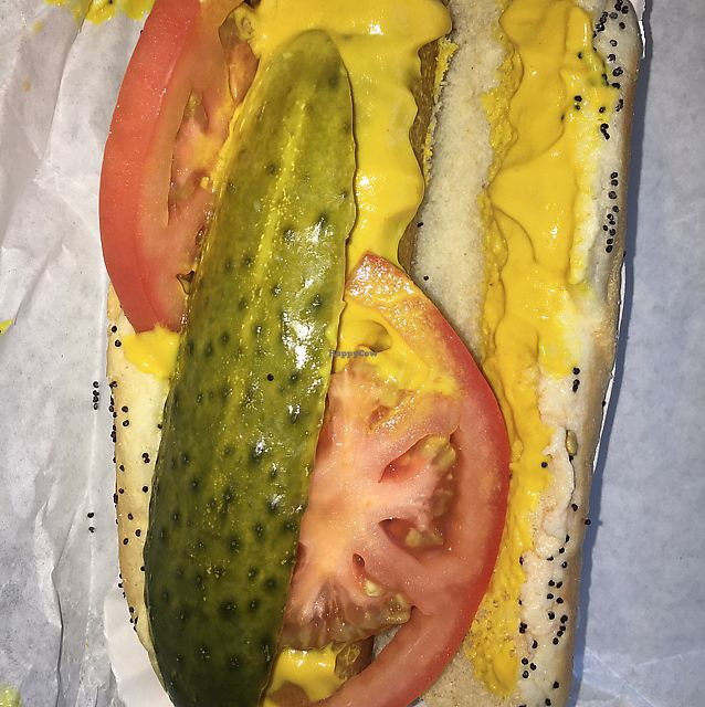"Photo of Windy City Red Hots  by <a href=""/members/profile/daroff"">daroff</a> <br/>Vegan Hot Dog <br/> June 10, 2017  - <a href='/contact/abuse/image/93836/267825'>Report</a>"