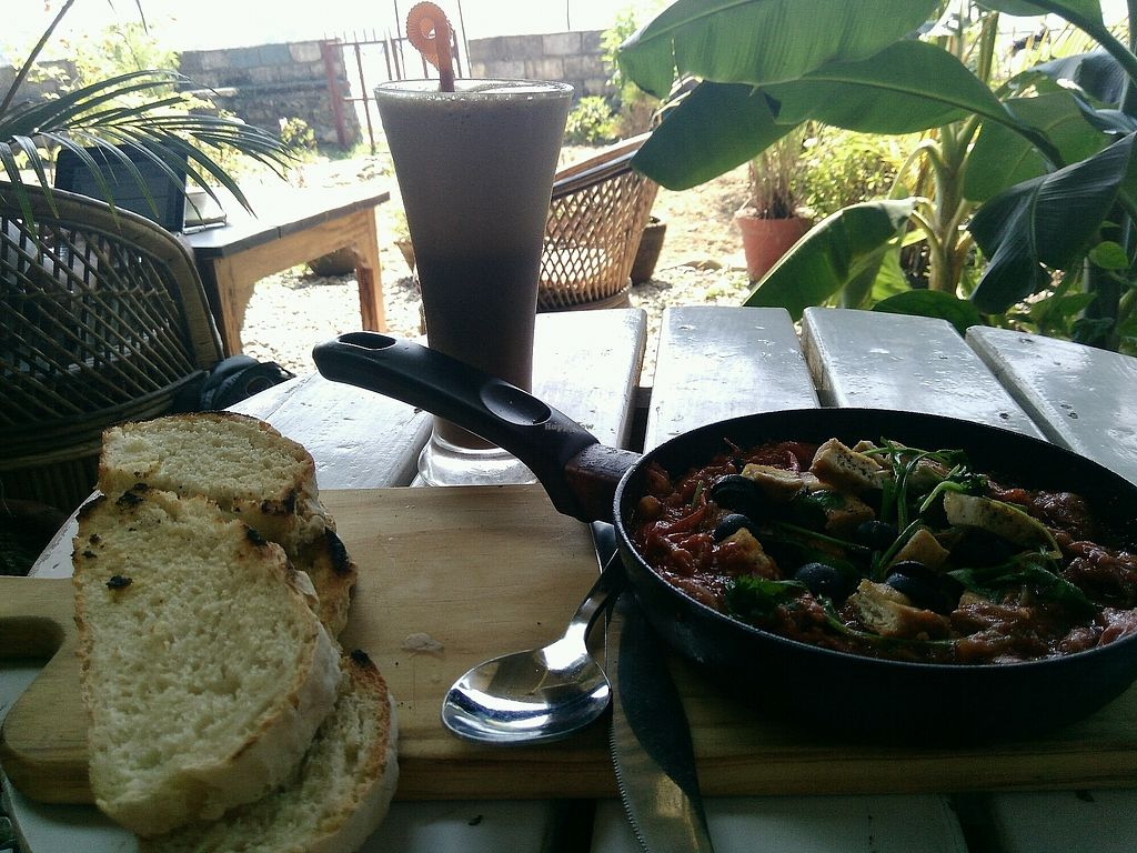 """Photo of The Juicery Cafe  by <a href=""""/members/profile/droryahalom"""">droryahalom</a> <br/>shakshuka with tofu instead of eggs, and without cheese <br/> October 20, 2017  - <a href='/contact/abuse/image/93853/316825'>Report</a>"""