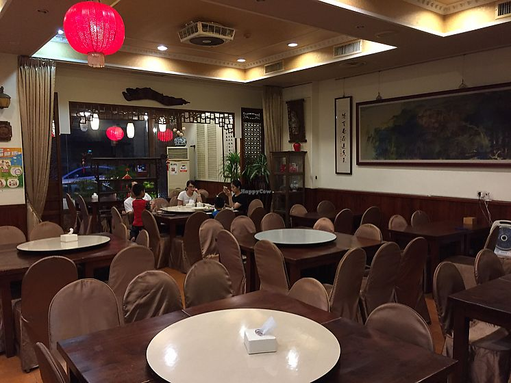 """Photo of Mei Shin Vegetarian Restaurant  by <a href=""""/members/profile/HaileyPoLa"""">HaileyPoLa</a> <br/>interior  <br/> June 11, 2017  - <a href='/contact/abuse/image/93873/268213'>Report</a>"""