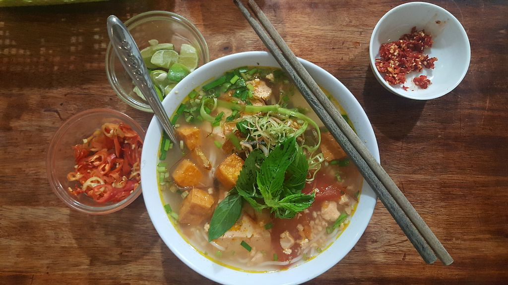 """Photo of Pham Hong Phuoc  by <a href=""""/members/profile/Refinnej"""">Refinnej</a> <br/>bun rieu (crab and tomato soup with vermicelli) <br/> September 4, 2017  - <a href='/contact/abuse/image/93986/300832'>Report</a>"""