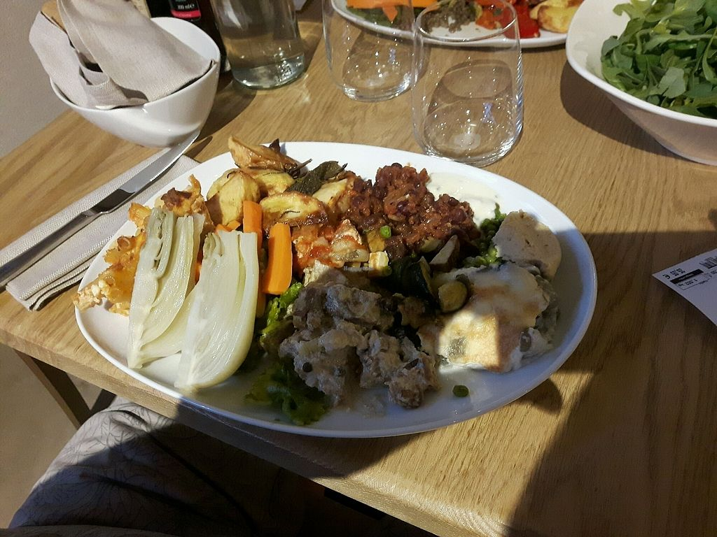 """Photo of Essenza  by <a href=""""/members/profile/Paolobag"""">Paolobag</a> <br/>Buffet <br/> August 22, 2017  - <a href='/contact/abuse/image/93999/295946'>Report</a>"""