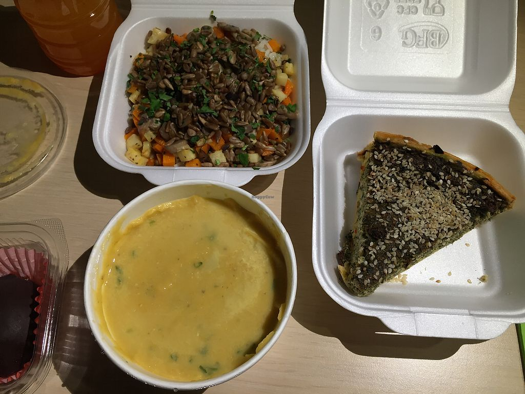 "Photo of Sara Green - Veg Joy  by <a href=""/members/profile/Knauji82"">Knauji82</a> <br/>Lentil soup, rice with veggies and seeds, spinach-mushroom quiche  <br/> October 6, 2017  - <a href='/contact/abuse/image/94032/312182'>Report</a>"