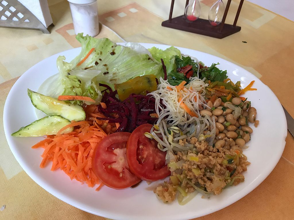 """Photo of Saude e Sabor  by <a href=""""/members/profile/Paolla"""">Paolla</a> <br/>Salads <br/> September 25, 2017  - <a href='/contact/abuse/image/94043/308326'>Report</a>"""