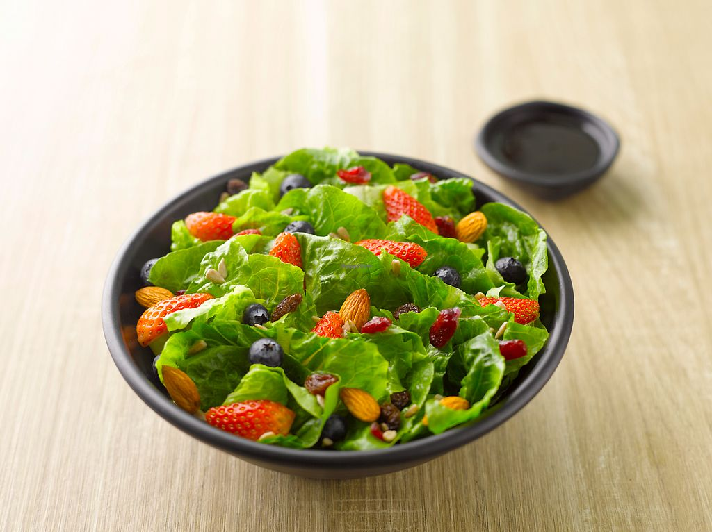 """Photo of Green Dot - Vivo City  by <a href=""""/members/profile/babyrielz"""">babyrielz</a> <br/>Mixed Berries Salad <br/> June 20, 2017  - <a href='/contact/abuse/image/94049/271231'>Report</a>"""